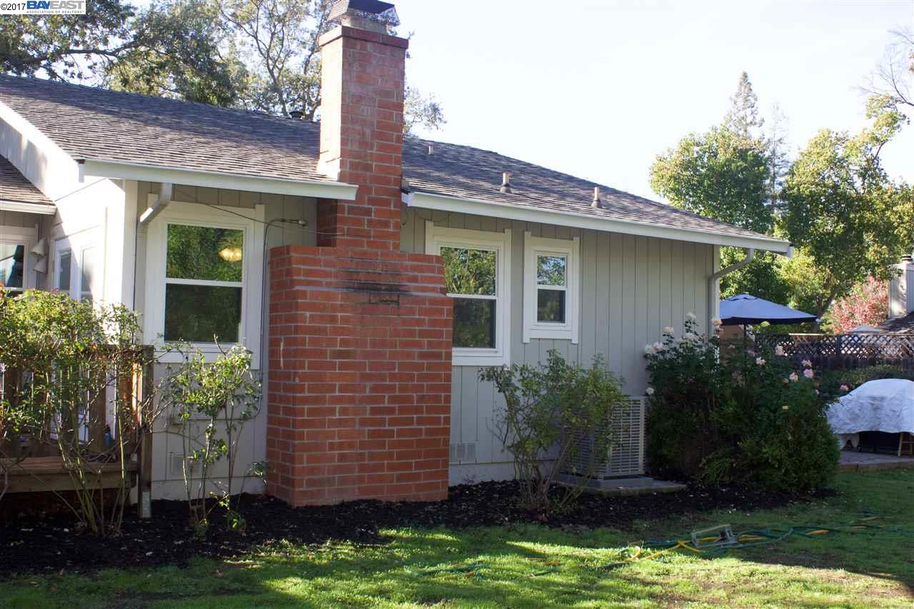 Additional photo for property listing at 190 Oak Park Lane  Pleasant Hill, カリフォルニア 94523 アメリカ合衆国