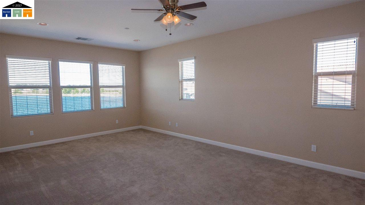 Additional photo for property listing at 4238 Volpaia Place  Manteca, 加利福尼亞州 95337 美國