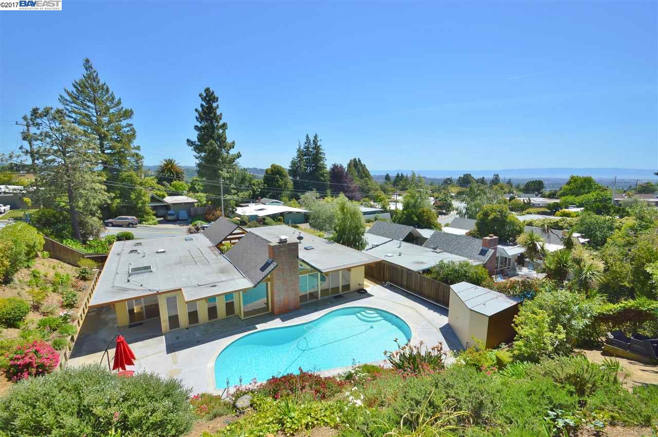 Single Family Home for Sale at 5954 Greenridge Road Castro Valley, California 94552 United States