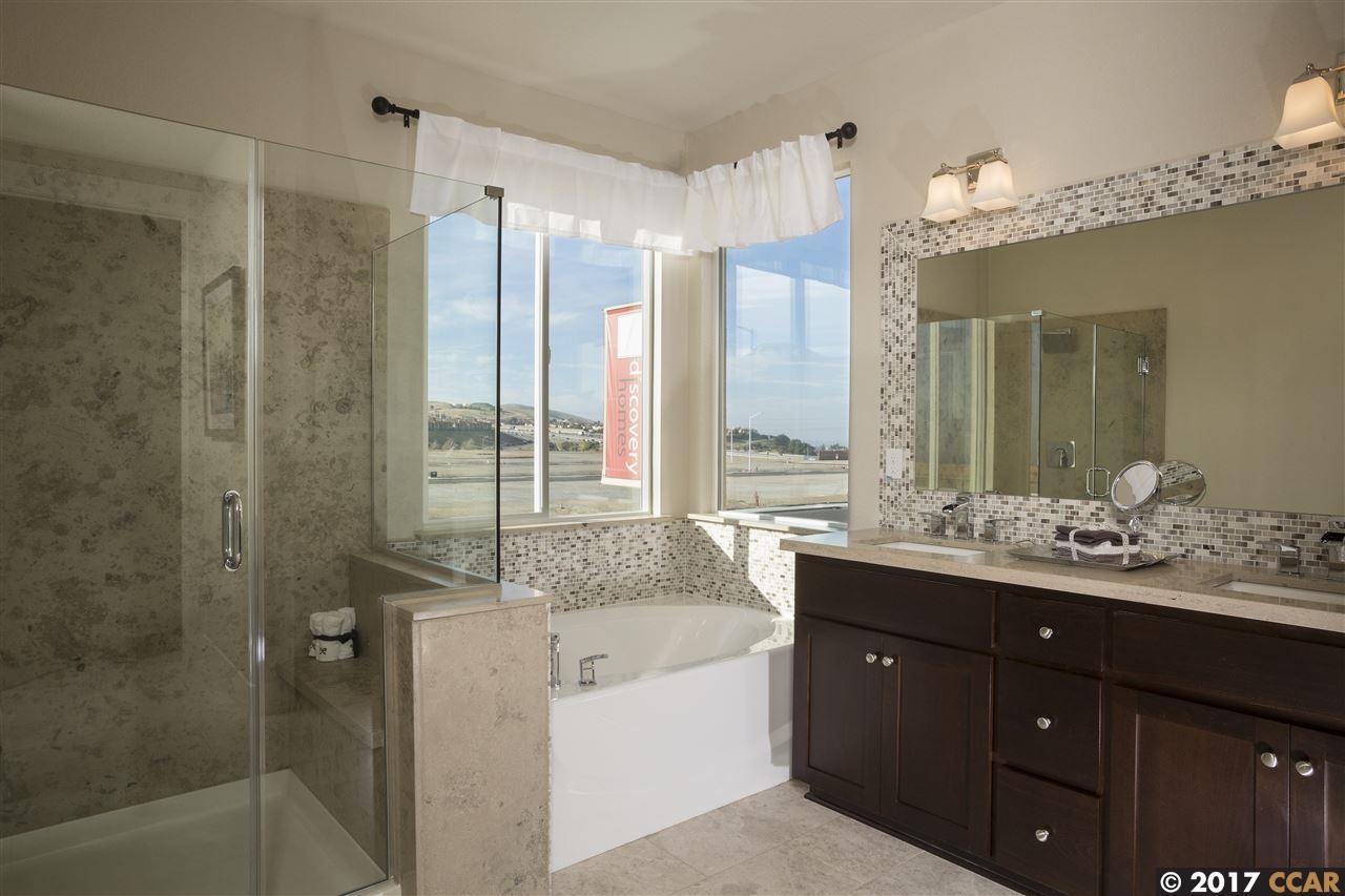 Additional photo for property listing at 1348 Portofino Drive  Pittsburg, カリフォルニア 94565 アメリカ合衆国
