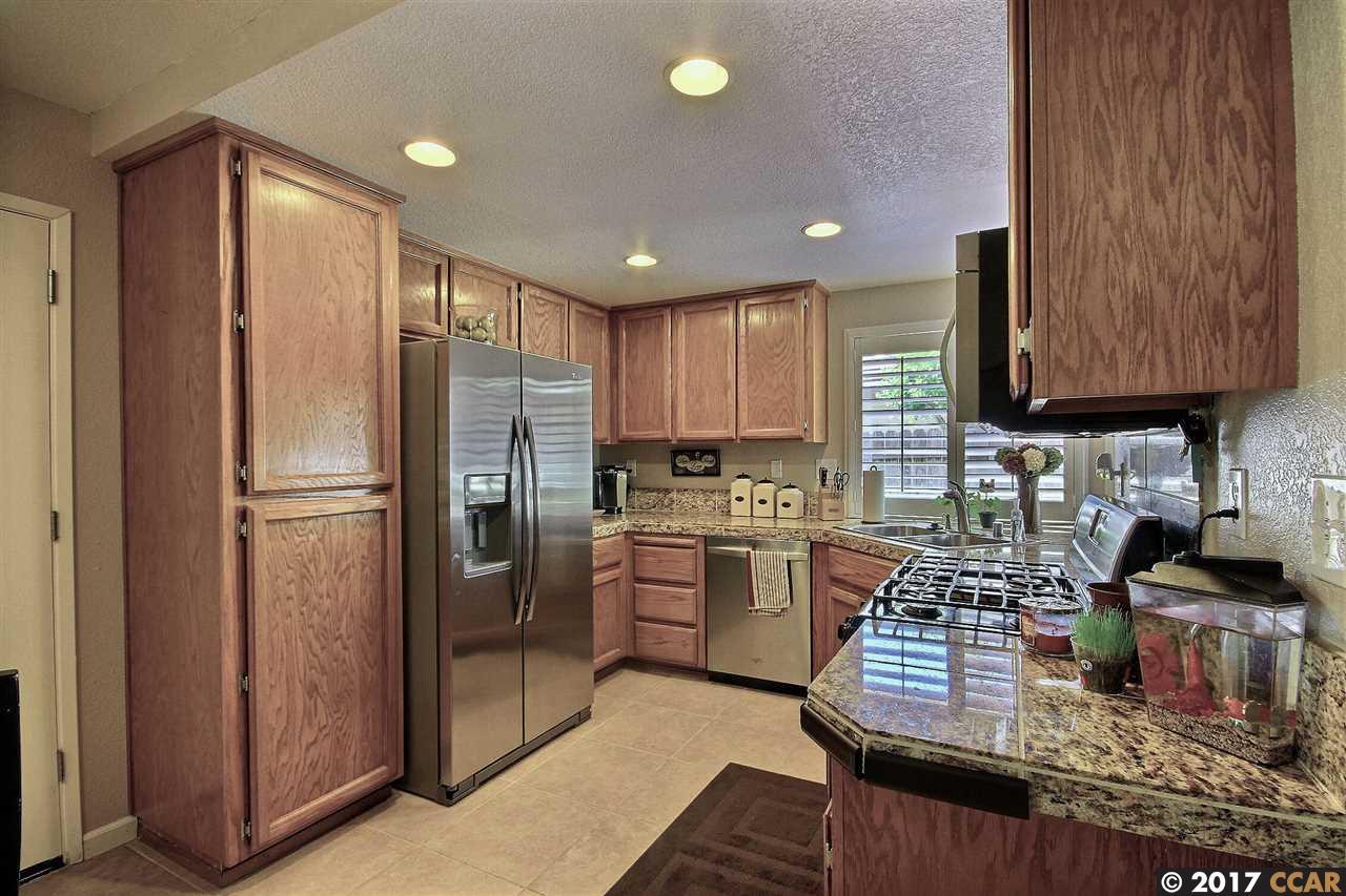 一戸建て のために 売買 アット 769 Cobble Hill Way Galt, カリフォルニア 95632 アメリカ合衆国