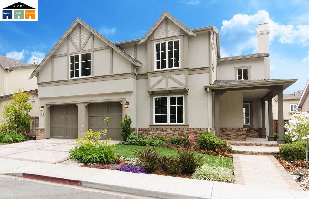 Einfamilienhaus für Verkauf beim 261 Bayhill Road Half Moon Bay, Kalifornien 94019 Vereinigte Staaten