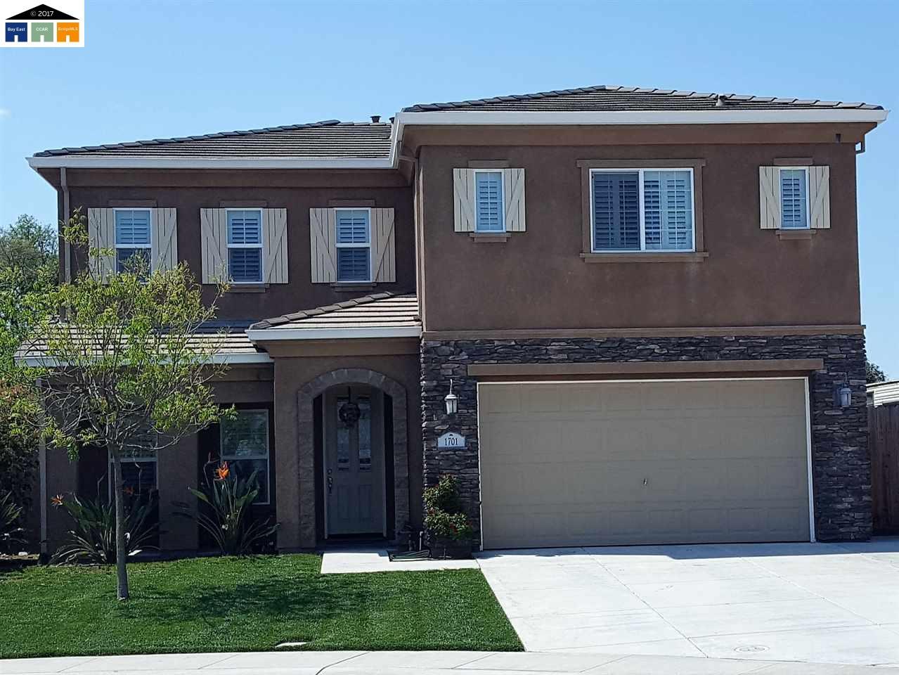 Maison unifamiliale pour l Vente à 1701 Jackie Place Manteca, Californie 95337 États-Unis