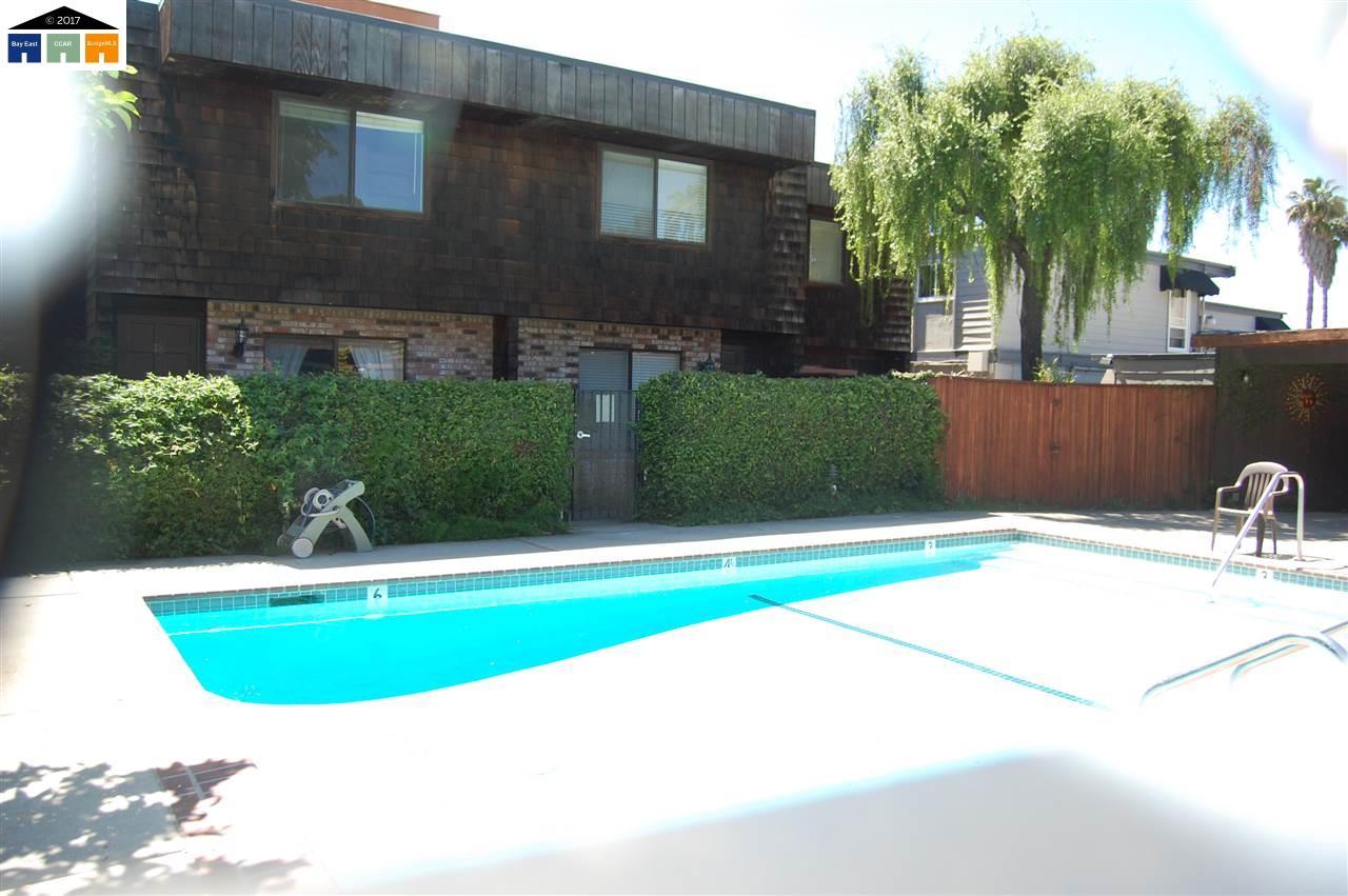Additional photo for property listing at 1771 Laguna Street  Concord, Kalifornien 94520 Vereinigte Staaten