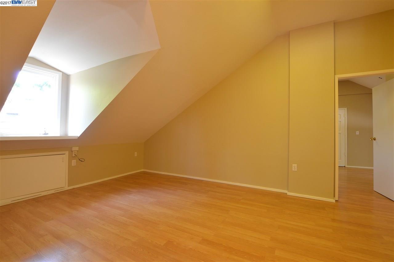Additional photo for property listing at 355 Annette Lane  Hayward, Kalifornien 94541 Vereinigte Staaten