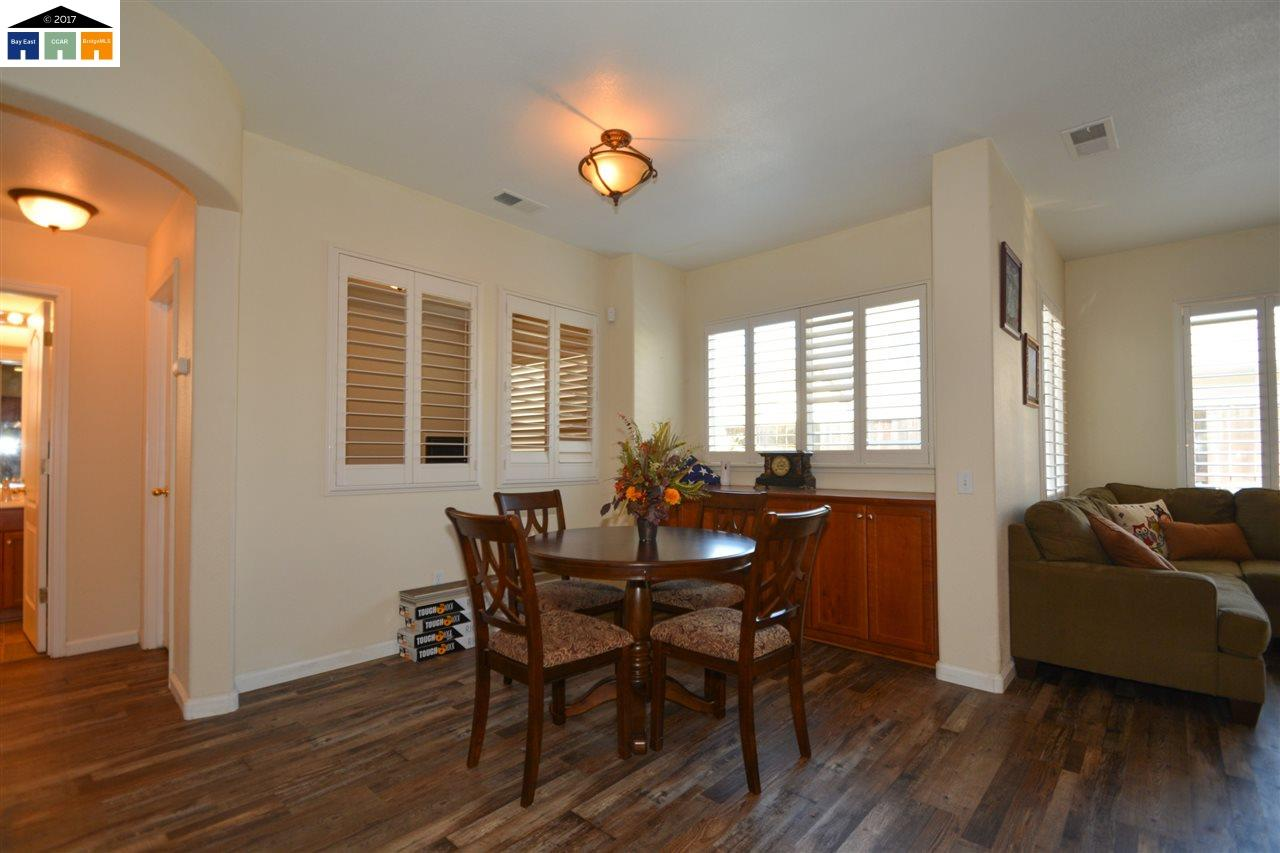 Additional photo for property listing at 2307 Nature Court  Riverbank, カリフォルニア 95367 アメリカ合衆国