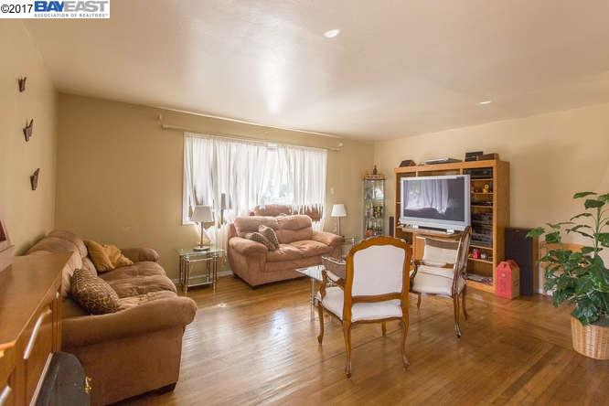Additional photo for property listing at 1816 Saint Charles Street  Alameda, California 94501 United States
