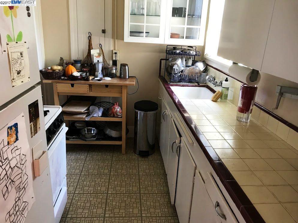 Additional photo for property listing at 4168 Park Blvd  Oakland, Californie 94602 États-Unis