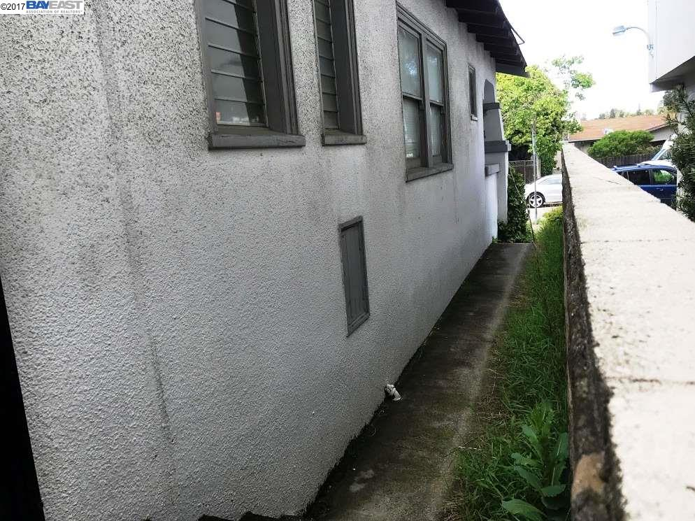 Additional photo for property listing at 4168 Park Blvd  Oakland, California 94602 United States