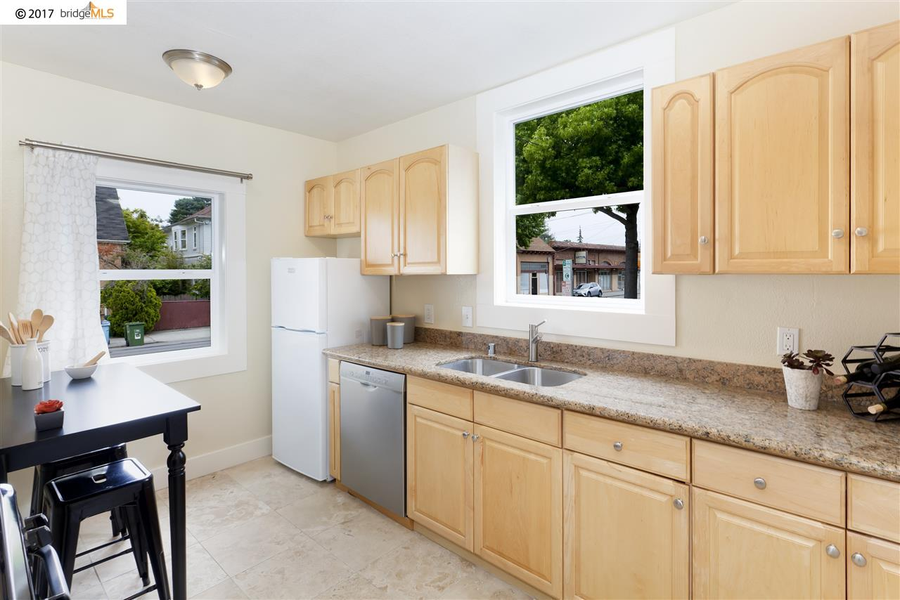 Additional photo for property listing at 1901 Parker Street  Berkeley, California 94704 Estados Unidos