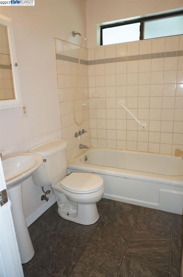 獨棟家庭住宅 為 出售 在 174 First Avenue Lewiston, 加利福尼亞州 96052 美國