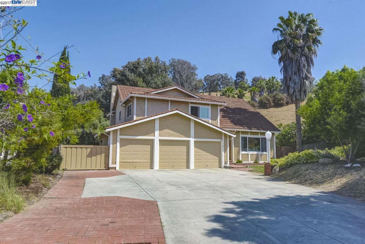一戸建て のために 売買 アット 1150 N Park Victoria Drive Milpitas, カリフォルニア 95035 アメリカ合衆国