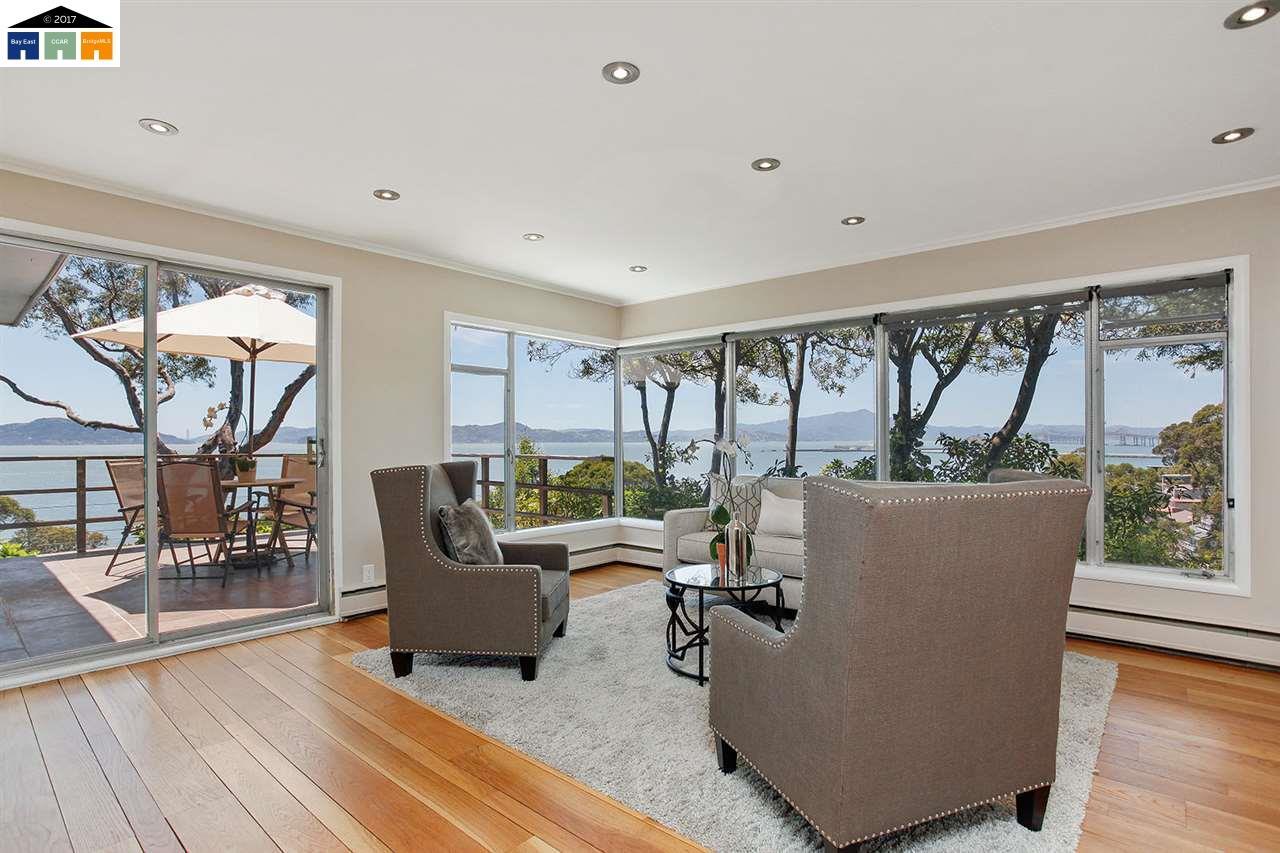 Maison unifamiliale pour l Vente à 60 Belvedere Point Richmond, Californie 94801 États-Unis