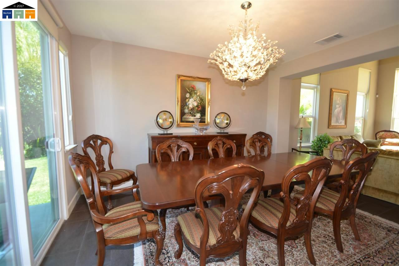 Additional photo for property listing at 929 bodega Court  Tracy, California 95304 United States