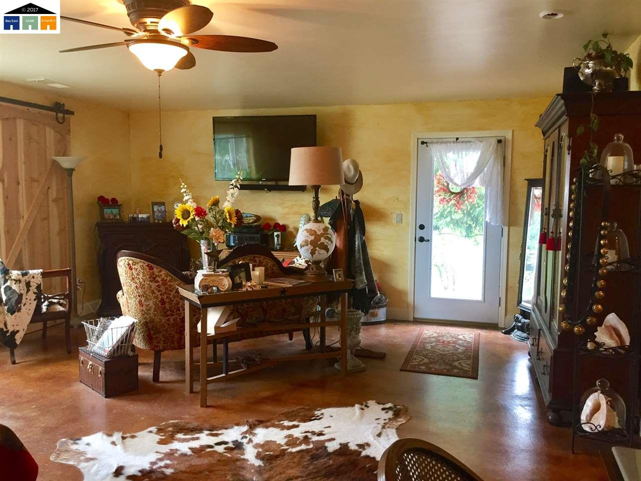 Additional photo for property listing at 4654 Stagecoach 4654 Stagecoach Copperopolis, カリフォルニア 95228 アメリカ合衆国