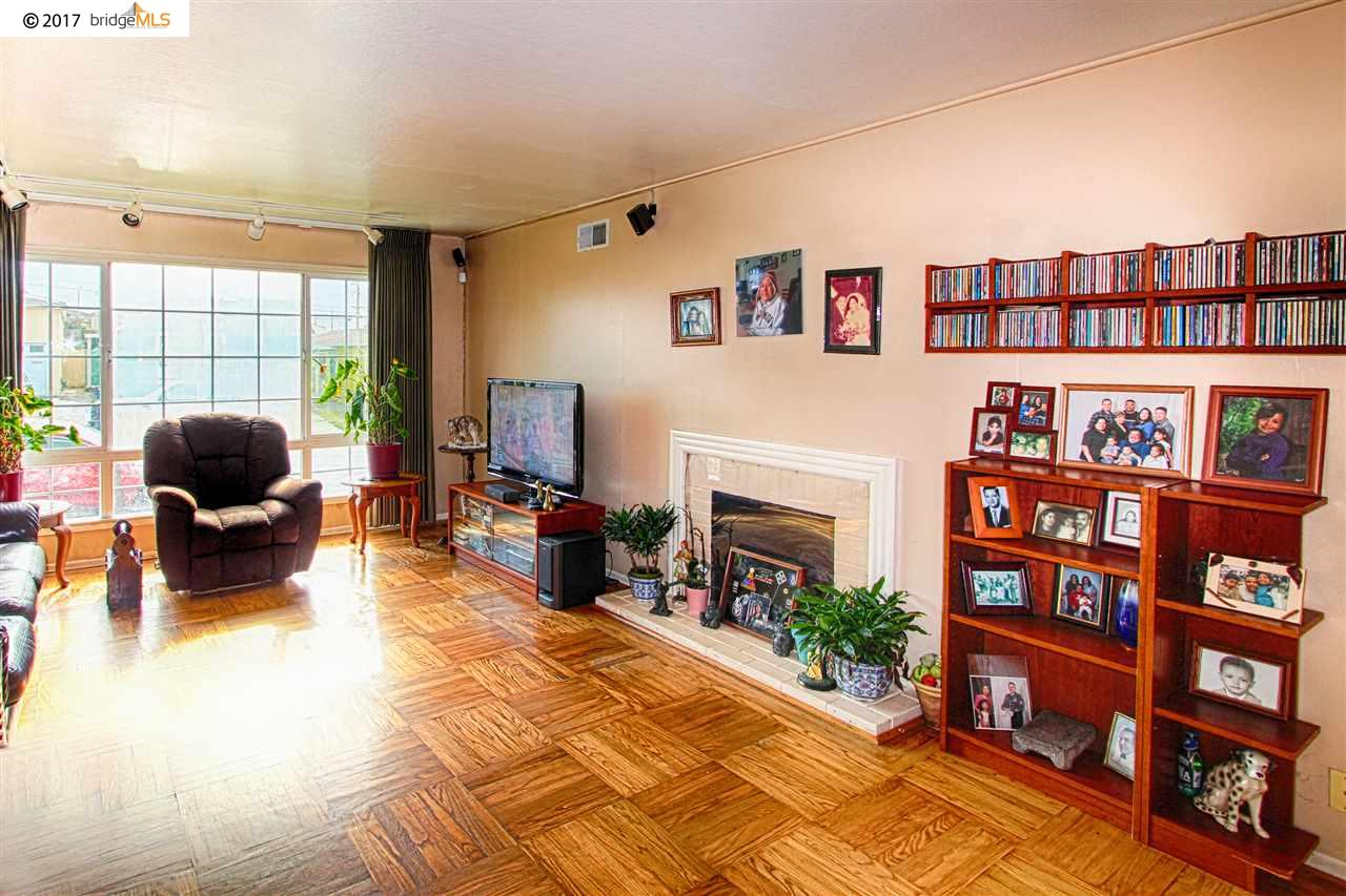 Additional photo for property listing at 737 Skyline Drive  Daly City, California 94015 United States