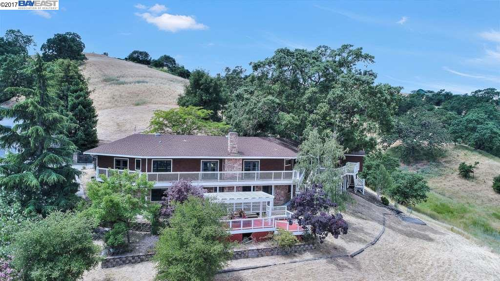Single Family Home for Sale at 36 Sherburne Hills Road Danville, California 94526 United States
