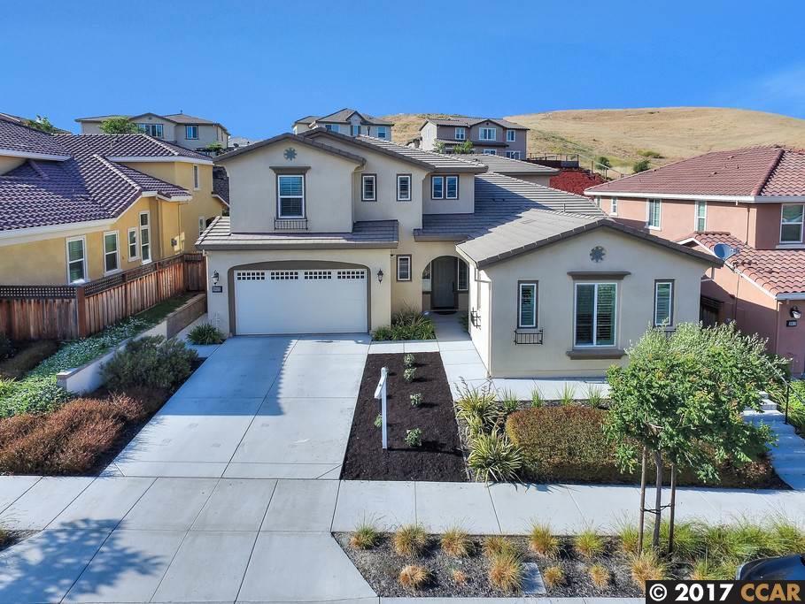 Частный односемейный дом для того Продажа на 2023 Avanti Avenue Dublin, Калифорния 94568 Соединенные Штаты