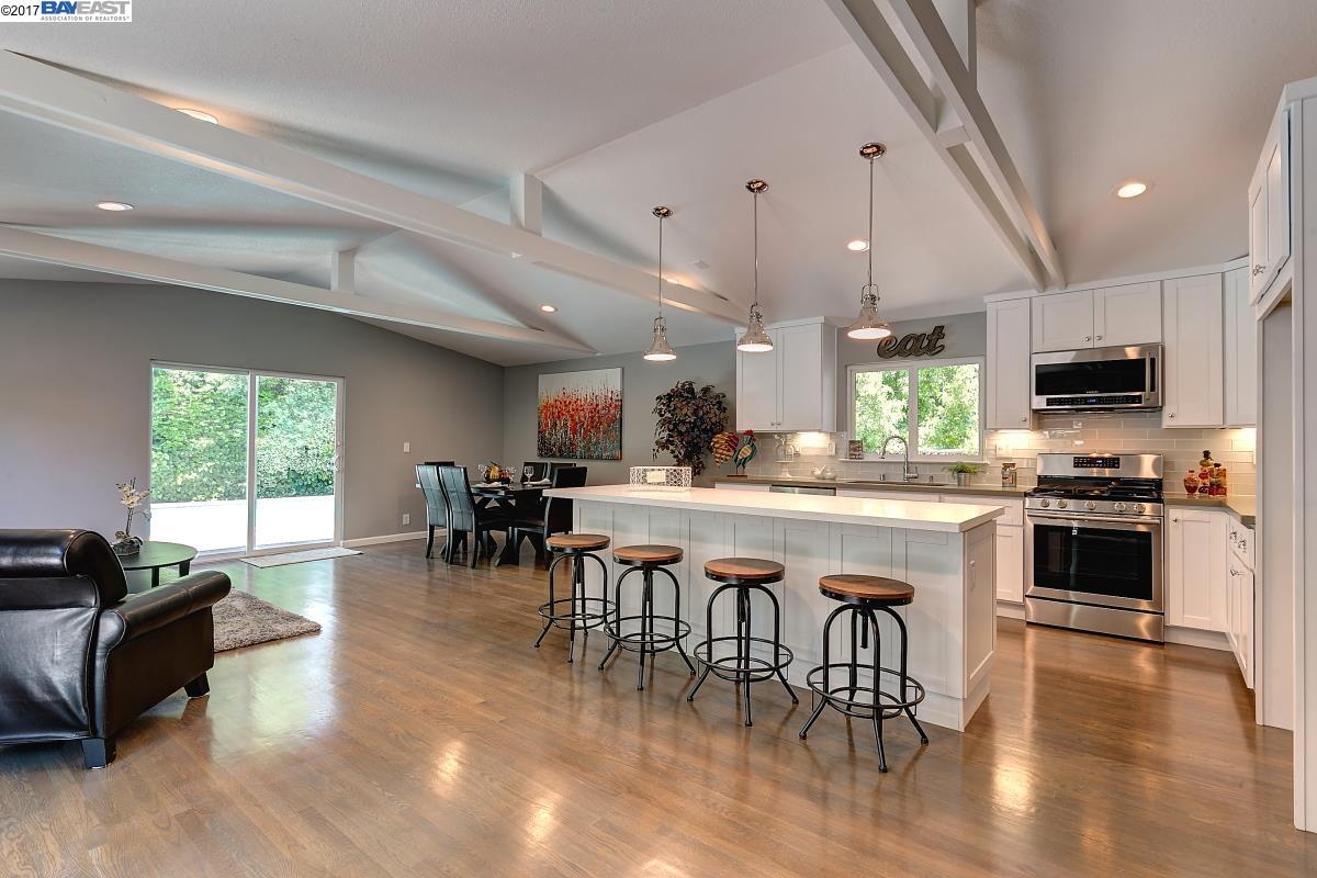 Single Family Home for Sale at 4455 Entrada Drive Pleasanton, California 94566 United States
