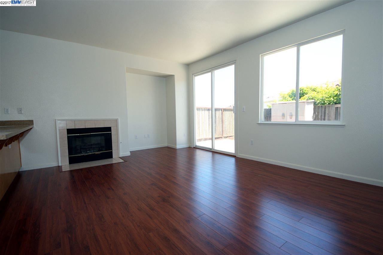 Additional photo for property listing at 368 Red Tail Place 368 Red Tail Place Richmond, カリフォルニア 94806 アメリカ合衆国