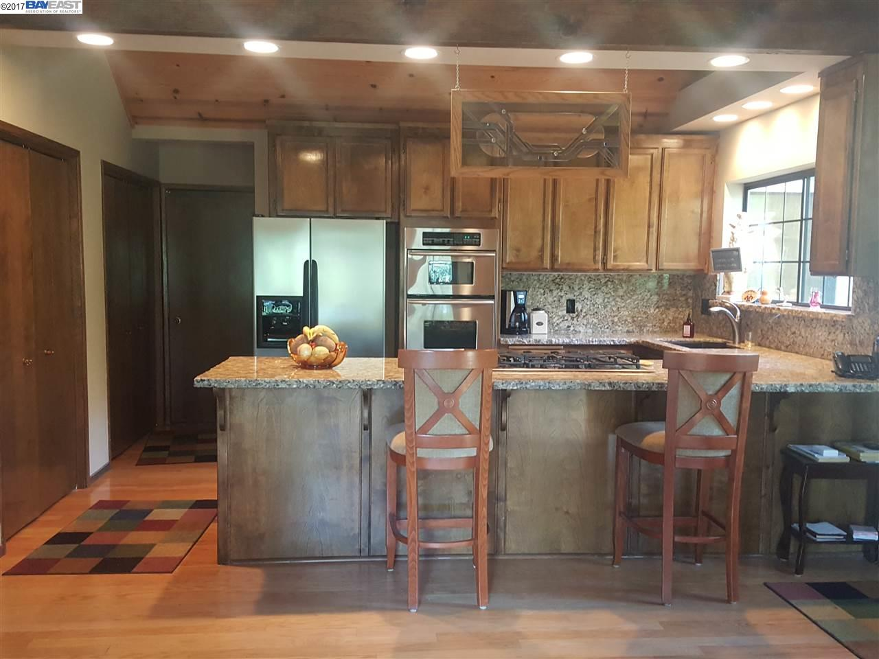 Additional photo for property listing at 19586 Pine Mountain Drive  Groveland, Californie 95321 États-Unis