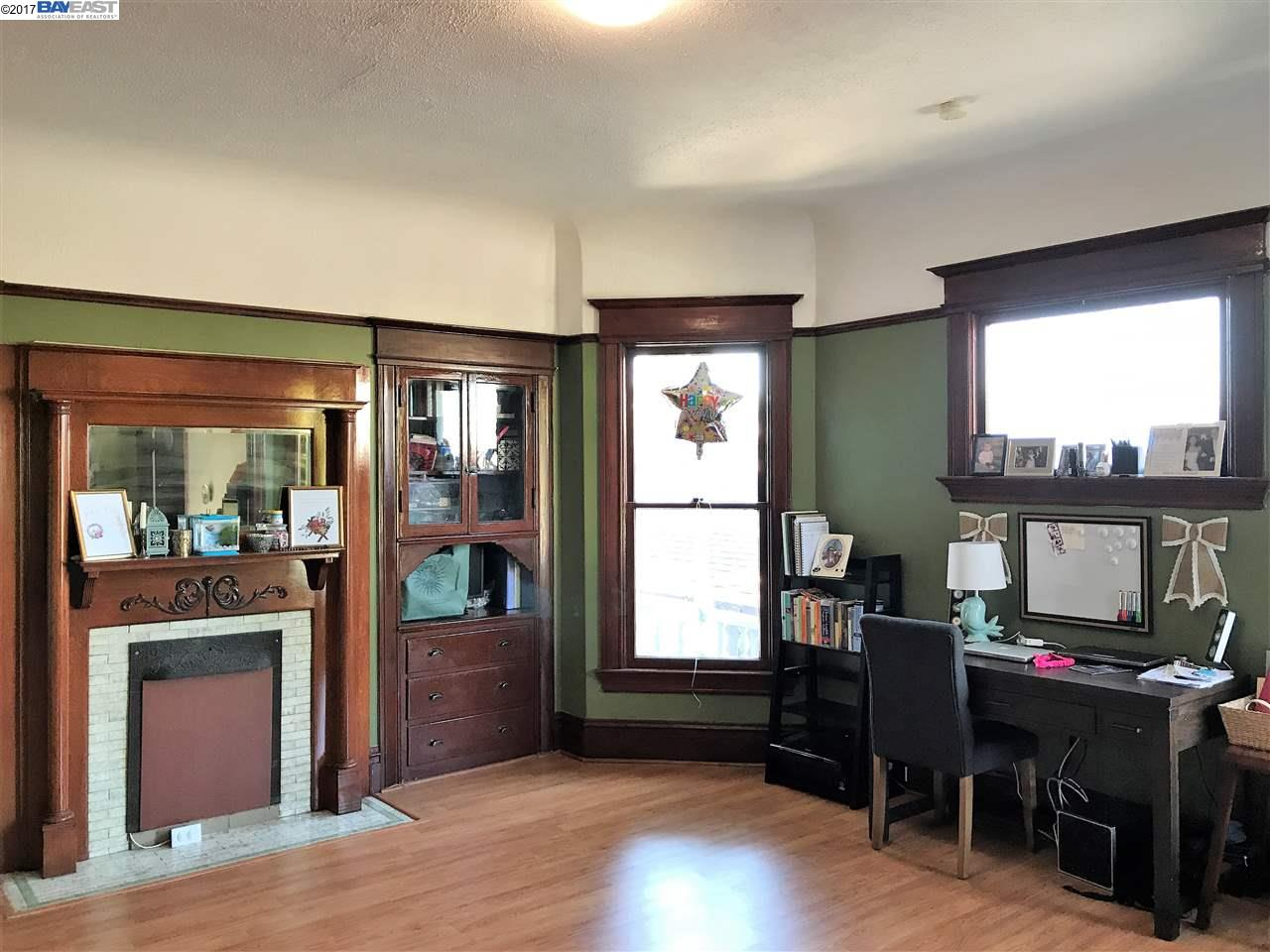 Additional photo for property listing at 875 Cedar Street 875 Cedar Street Alameda, California 94501 United States