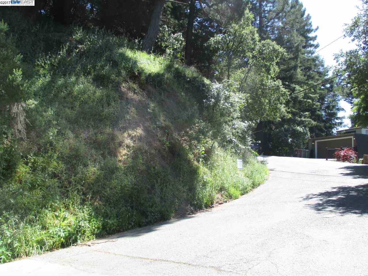 Additional photo for property listing at 6388 Longcroft Drive  Oakland, Californie 94611 États-Unis
