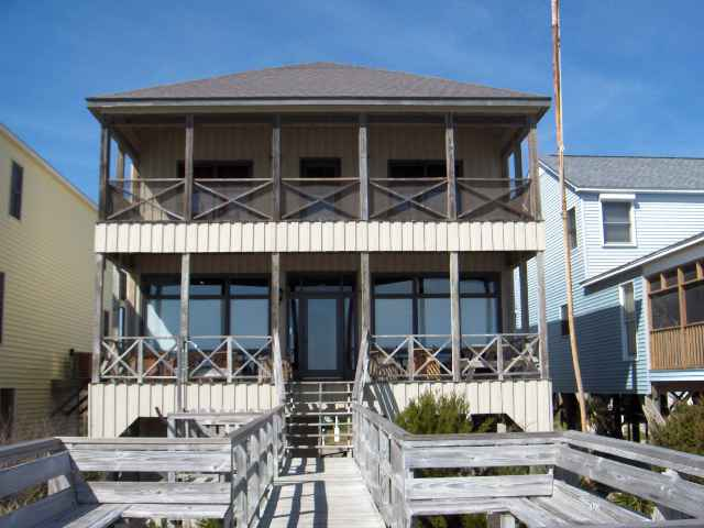 Single Family Home for Sale at 622 Springs Avenue Pawleys Island, South Carolina 29585 United States