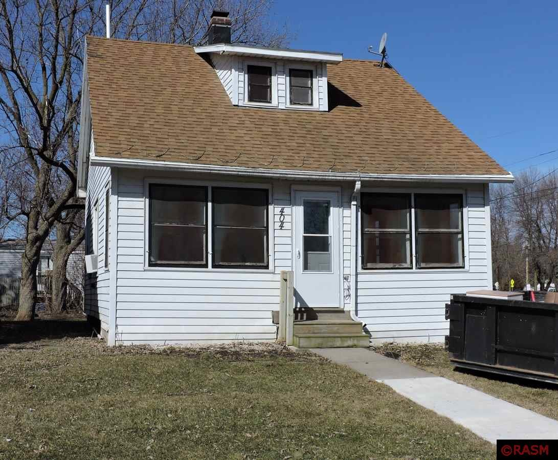 This is a 2+ bedroom home in the heart of Madison Lake. Great location on a large corner lot near the Sakatah Trail and is within walking distance to the downtown area. The cozy front porch is perfect for those summer nights. The main floor has a living room, dining room, kitchen, and laundry room/bedroom. Upstairs has 2 bedrooms and a ¾ bathroom. The lower level is unfinished, but options are endless. This would make a great investment also for a rental property. Call today to see this property in person.