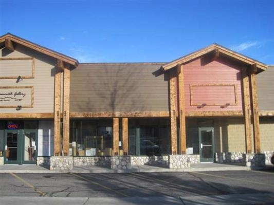 4551 sq ft prime ground floor retail location on Old Mammoth Rd. Adjacent to Mammoth Realty Group in busy center. Oaktree Furniture is currently occupying this space until Sept 2015. Rare opportunity to own a commercial condo in town, perfect for a variety of businesses. Owner is willing to lease, as well. Choose between 1517 sq ft, 3034 sq ft or 4551 sq ft if units were assembled. HOA (common area & maintenance) dues are currently running $.55 per square foot but can fluccuate.