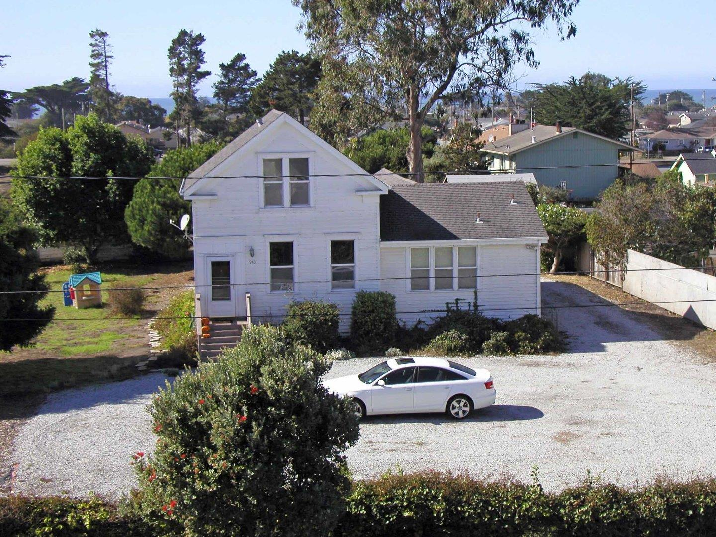 940 Main Street, HALF MOON BAY, CA 94019