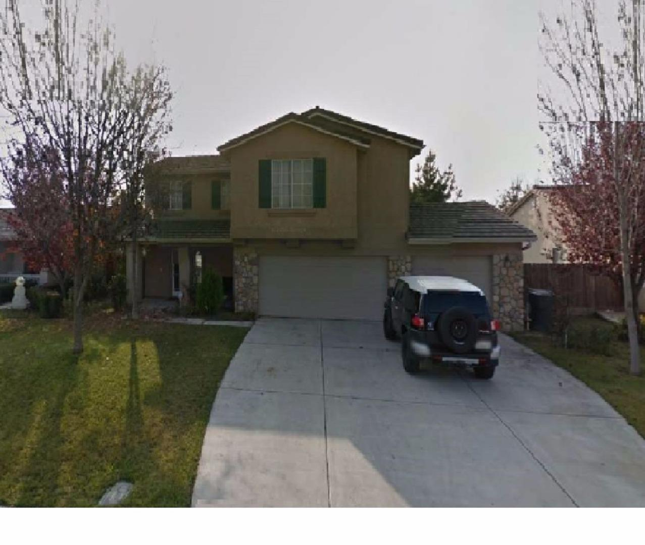 Single Family Home for Sale at 3939 W Delta Avenue Visalia, California 93291 United States