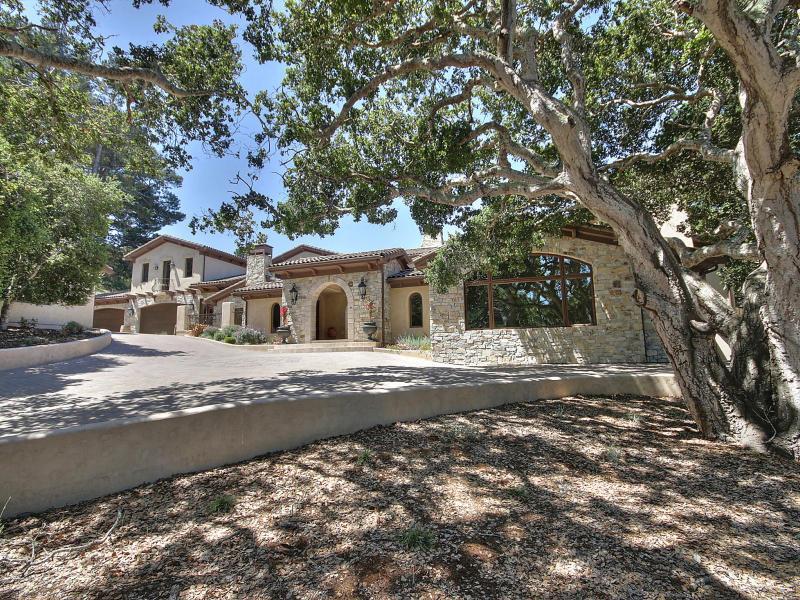 獨棟家庭住宅 為 出租 在 7820 Monterra Oaks Road Monterey, 加利福尼亞州 93940 美國