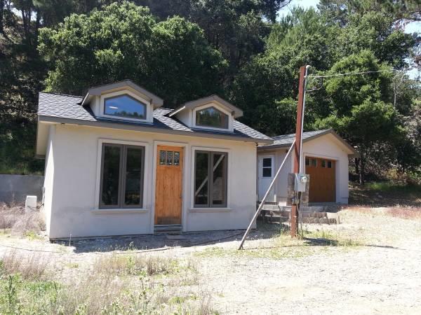 22045 Regnart Road, CUPERTINO, CA 95014