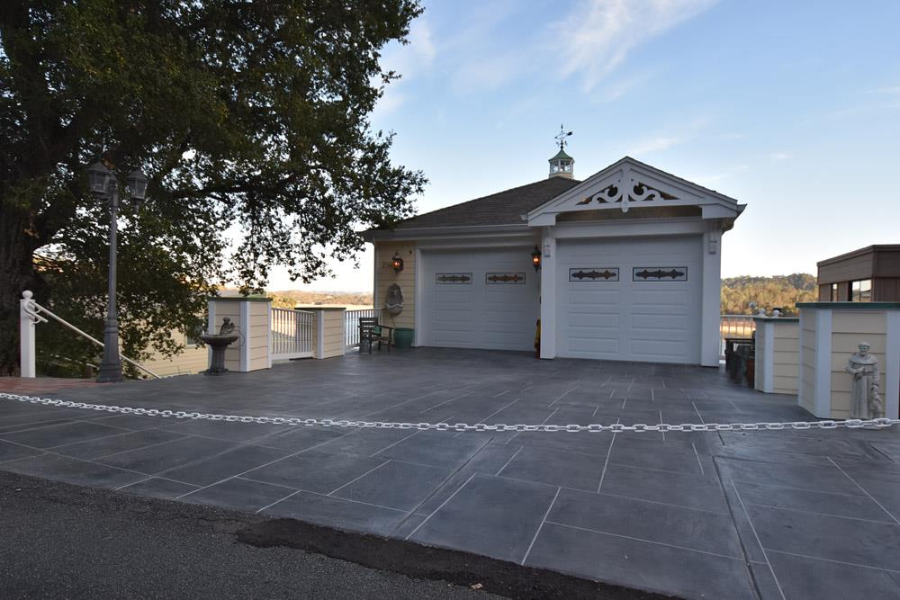 2868 Lands End Road, BRADLEY, CA 93426