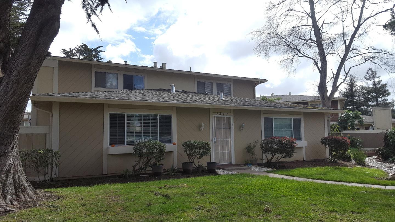 Appartement en copropriété pour l Vente à 1811 Cherokee Drive Salinas, Californie 93906 États-Unis