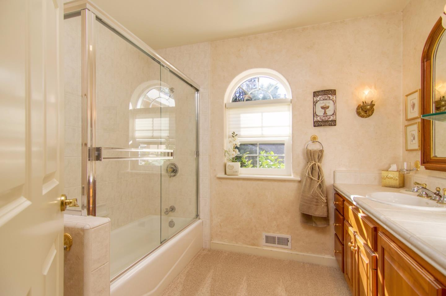 Additional photo for property listing at 17622 Chaparral Drive  Penn Valley, Californie 95946 États-Unis