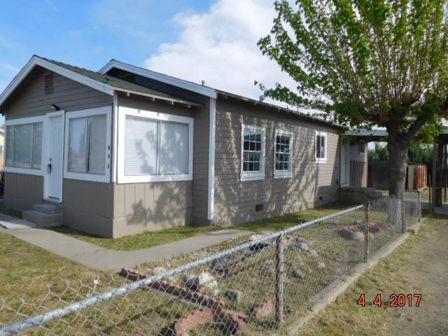 740 E Shasta Street, AVENAL, CA 93204