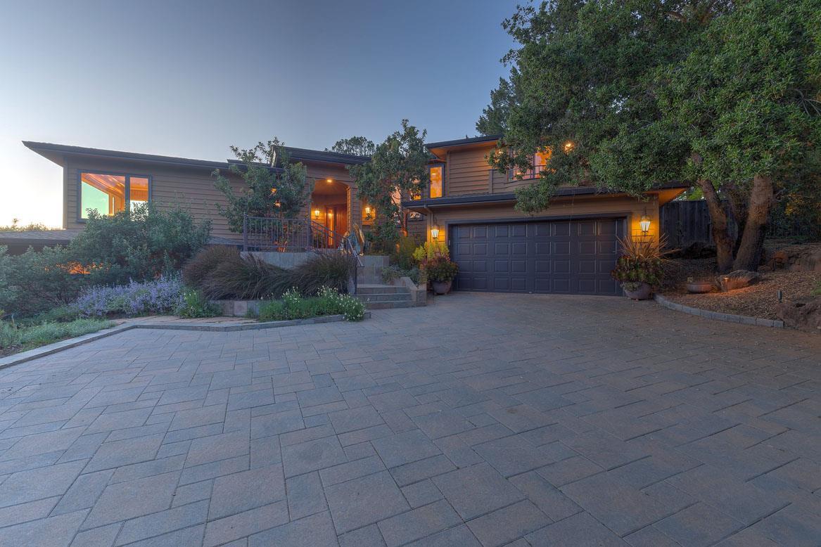2 Sierra Lane, PORTOLA VALLEY, CA 94028