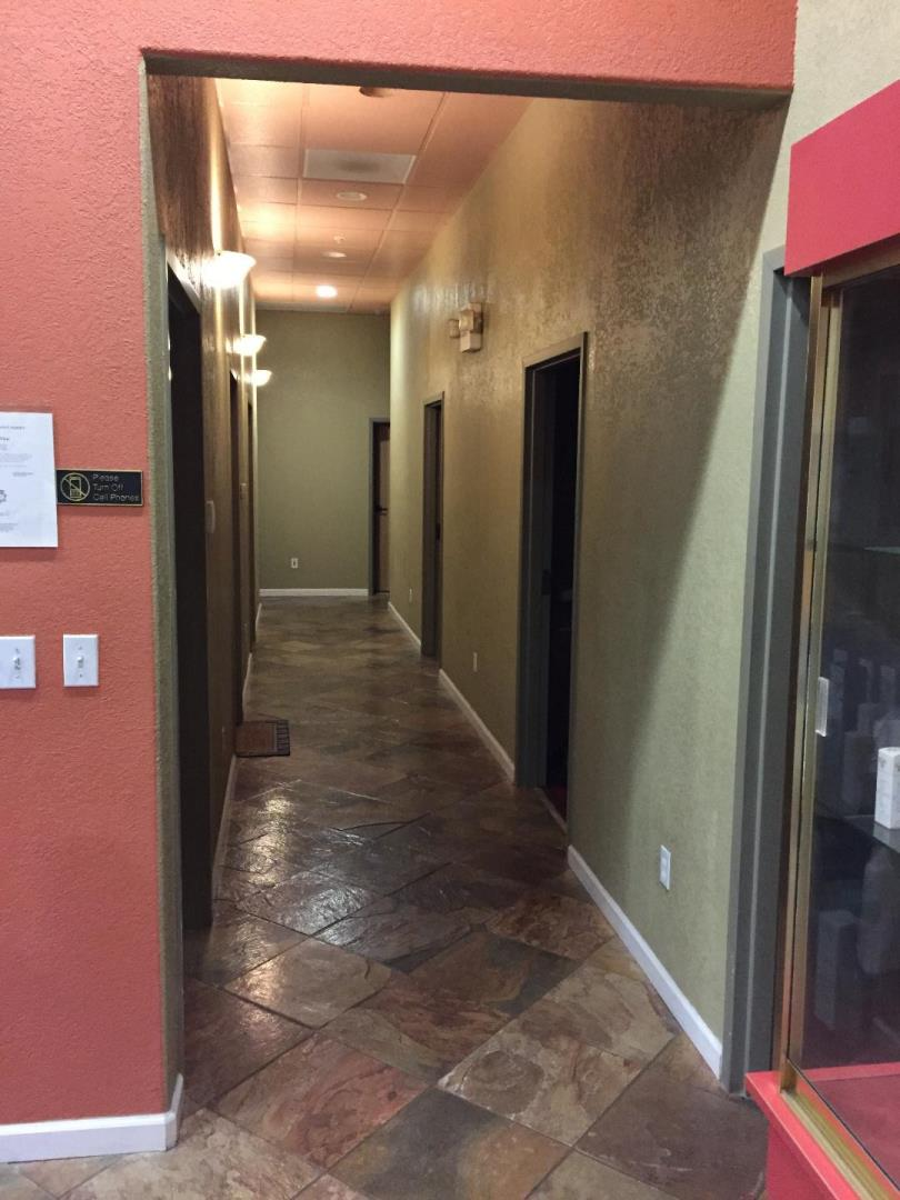 Additional photo for property listing at 1942 Tully  San Jose, Kalifornien 95122 Vereinigte Staaten