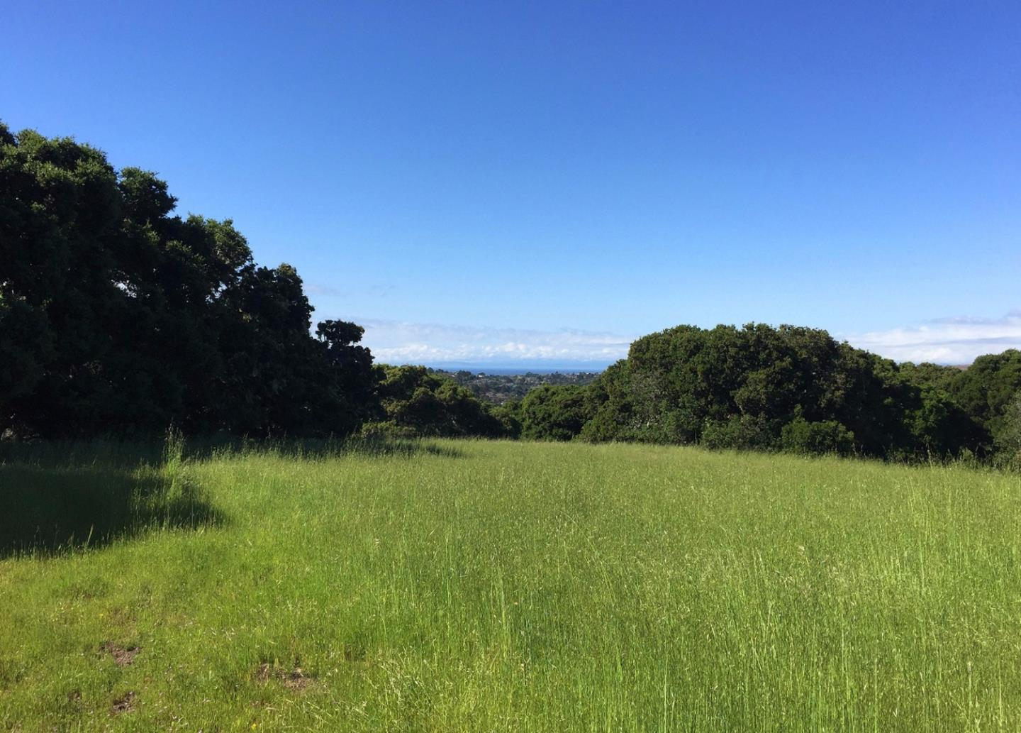 Additional photo for property listing at 8170 Manjares (Lot 135)  Monterey, Californie 93940 États-Unis