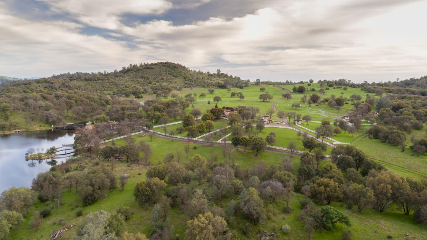 Additional photo for property listing at 4164 Guadalupe Fire Road  Mariposa, カリフォルニア 95338 アメリカ合衆国