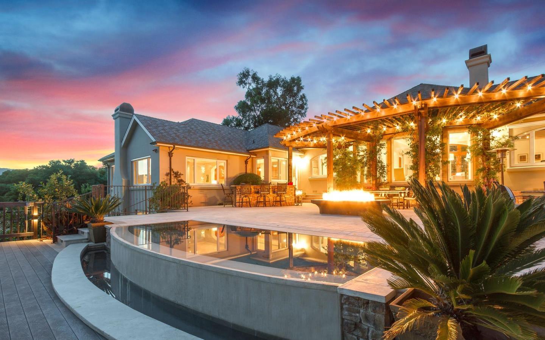 15500 Francis Oaks, LOS GATOS, CA 95032