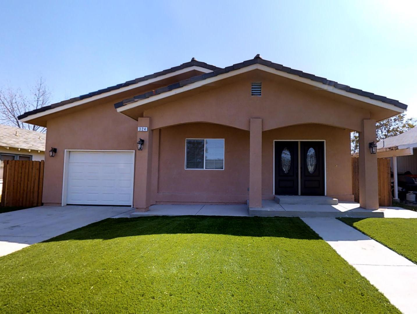 Single Family Home for Sale at 324 E Houston Street Coalinga, California 93210 United States