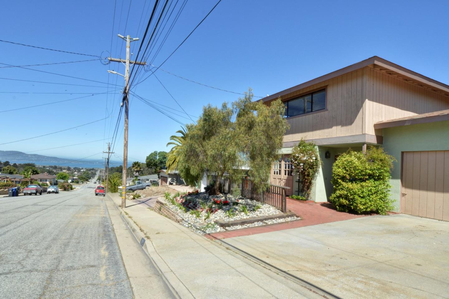 1975 Military Avenue, SEASIDE, CA 93955