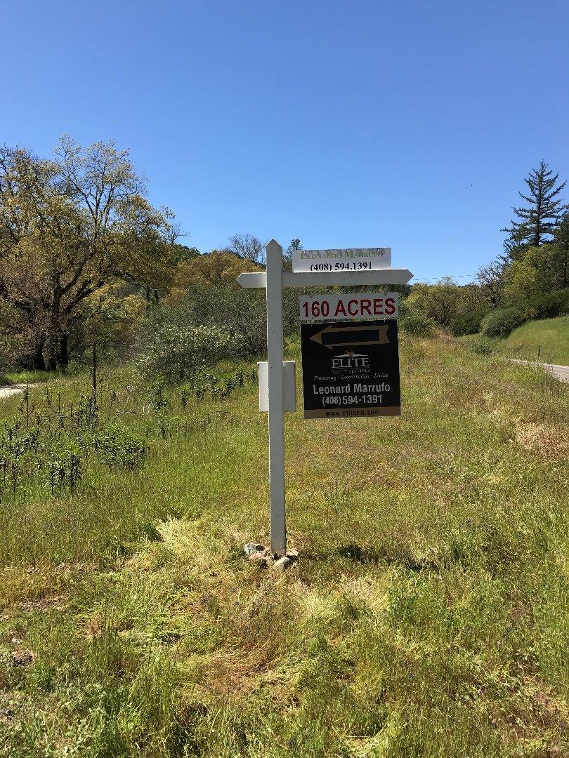 Land für Verkauf beim 49690 N Highway 1 Laytonville, Kalifornien 95454 Vereinigte Staaten