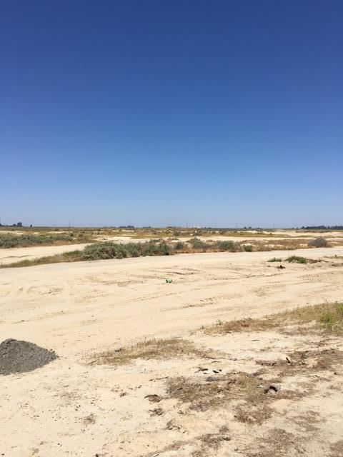 Land for Sale at 123 Tracy Avenue Buttonwillow, California 93206 United States