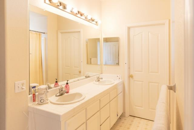 Additional photo for property listing at 1520 Oyster Bay Court  Salinas, Californie 93906 États-Unis