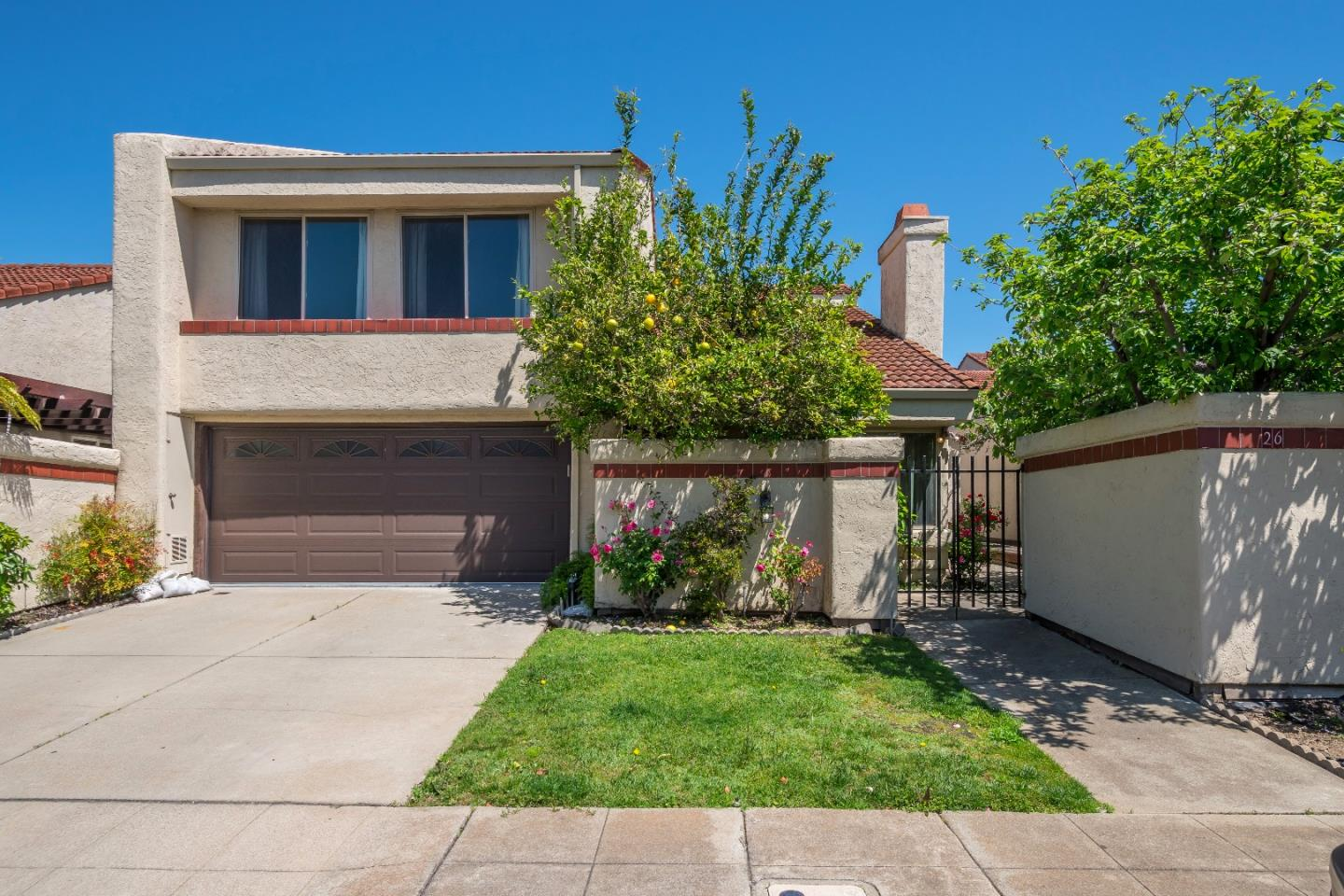 26 Lido Circle, REDWOOD SHORES, CA 94065