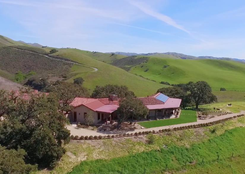 Additional photo for property listing at 16205 Klondike Canyon Road  Carmel Valley, 加利福尼亞州 93924 美國